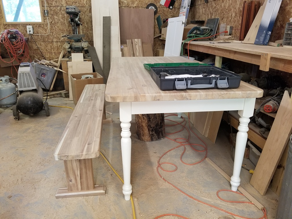 In our work shop we are making a custom table top and matching benches for the dining area